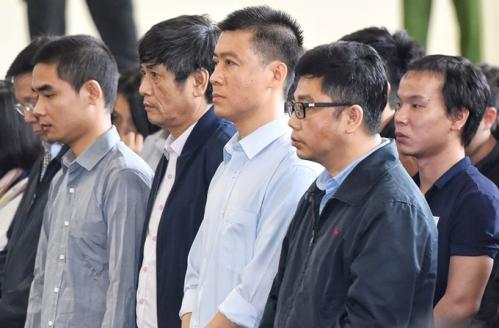 Một số bị cáo trong vụ án. Ảnh: Giang Huy.