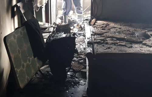 Đồ đạc bên trong bị cháy rụi. Ảnh: Giang Huy