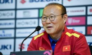 Ông Park: Philippines có thể hình tốt hơn, nhưng cầu thủ Việt Nam 'tinh quái'