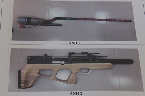 Hai khẩu súng tự chế của Duẫn. Ảnh:Trần Tuấn