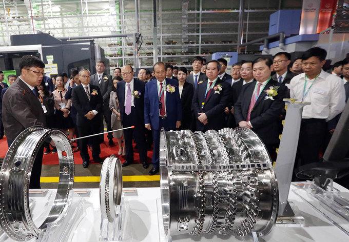 Bên trong nhà máy chế tạo động cơ máy bay tại Hòa Lạc
