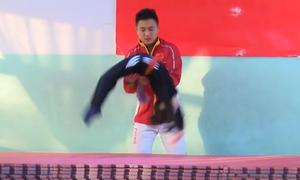 Trẻ nhào lộn như xiếc trong lò luyện vận động viên ở Trung Quốc