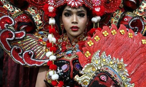 Một thí sinh tham gia cuộc thi sắc đẹp dành cho người chuyển giới Miss International Queen 2018 tổ chức ở Thái Lan. Ảnh: Reuters.