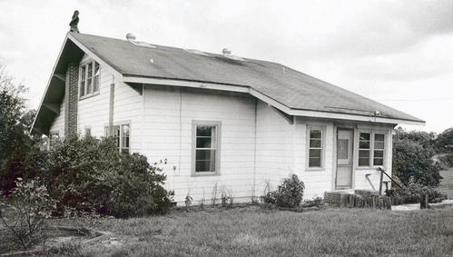 Ngôi nhà của cặp vợ chồng hàng xóm với gia đình Carr. Ảnh: The Ledger.