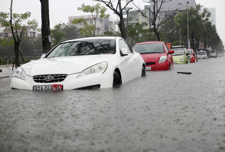 Дананг - рекордный уровень дождя