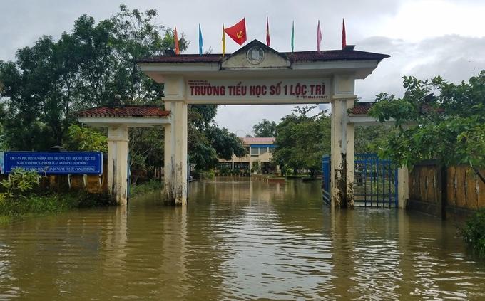 Một số trường học ở Thừa Thiên Huế bị ngập
