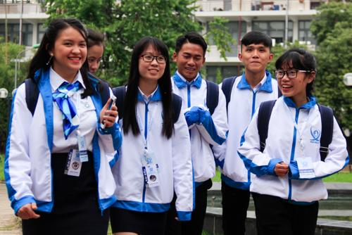 Hơn 100 đại biểu đại diện cho sinh viên toàn quốc có mặt ở Đại học Bách khoa Hà Nội trong buổi thảo luận chiều 10/12. Ảnh: Dương Tâm
