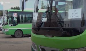 Hàng chục xe buýt ở Sài Gòn bỏ tuyến vì chưa có tiền trợ giá