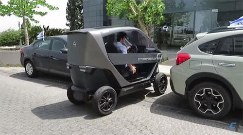 Với kích thước nhỏ gọn, xe của City Transformer có thể đỗ vừa không gian thường chỉ đủ cho một chiếc môtô.