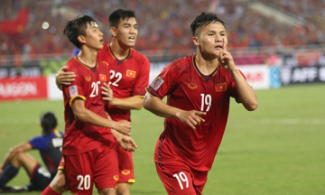 Cầu thủ Malaysia thÆ°á»ng yếu sau phút 60 và  cÆ¡ há»i tuyá»n Viá»t Nam