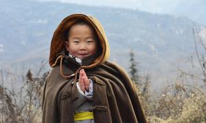 Tiểu hòa thượng 3 tuổi nổi tiếng khi luyện võ ở Thiếu Lâm Tự