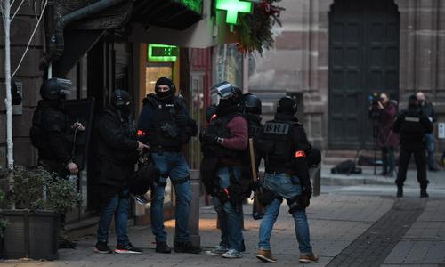 """Nhân chứng nói nghi phạm xả súng ở Pháp hô """"Thánh Allah vĩ đại"""""""
