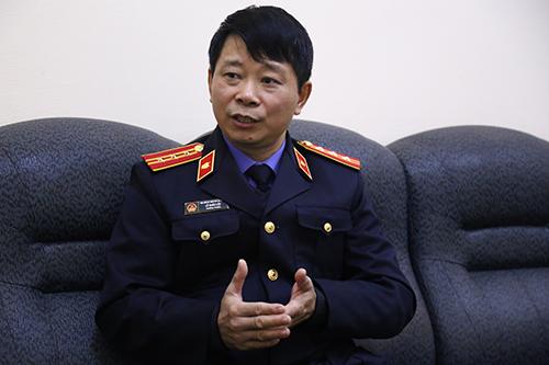 Ông Lê Xuân Lộc trò chuyện cùng phóng viên. Ảnh: Phạm Dự.