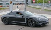 Xe thể thao Porsche Taycan có thể hết hàng trước khi ra mắt