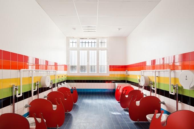 Trường mẫu giáo cầu vồng ở Paris
