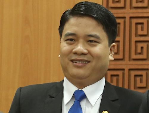 Phó chủ tịch trẻ nhất nước là ông Trần Văn Tân, Phó chủ tịch UBND Quảng Nam, 39 tuổi. Ảnh: Đắc Thành