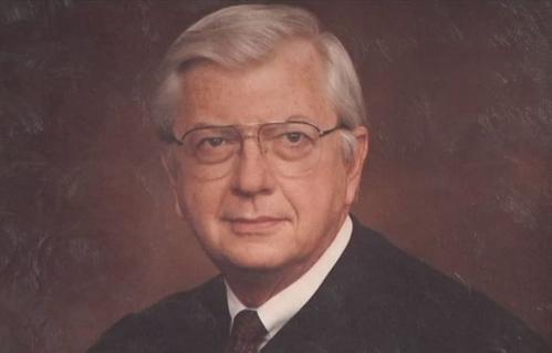 Thẩm phán Tòa phúc thẩm liên bang số 11 Robert Vance.