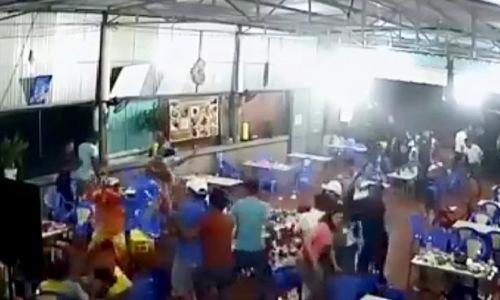 Nhóm thanh niên chém người loạn xạ trong quán ăn ở Bà Rịa- Vũng Tàu