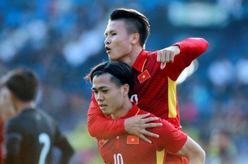 Công Phượng và Quang Hải là hai cầu thủ được nhận thưởng  từ Eurowindow trong hai trận đấu trước đó.