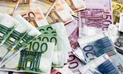 Cơn 'mưa tiền' hơn 1.000 USD trút xuống đường cao tốc Đức