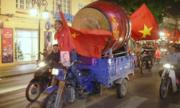 Những loại xe ăn mừng độc đáo trên đường phố Việt Nam
