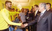 Thủ tướng Malaysia chúc đội tuyển mang cúp vàng về nước