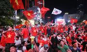 Cổ động viên nói gì sau chiến thắng của tuyển Việt Nam?
