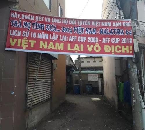 Việt Nam đã thành công trả nợ tình xưa.