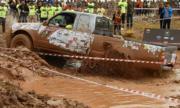 Các tay đua xe bán tải tranh tài ở Quảng Ninh
