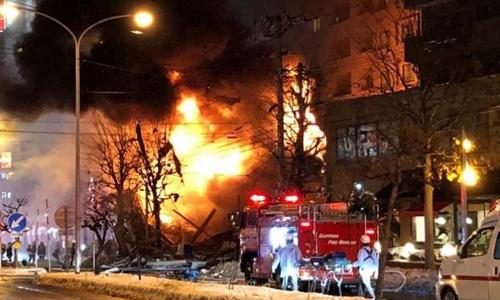 Hiện trường vụ nổ ở thành phố Sapporo, Nhật Bản tối qua. Ảnh: Reuters.