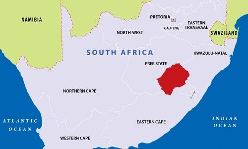 Nước nào nằm hoàn toàn bên trong Cộng hòa Nam Phi?