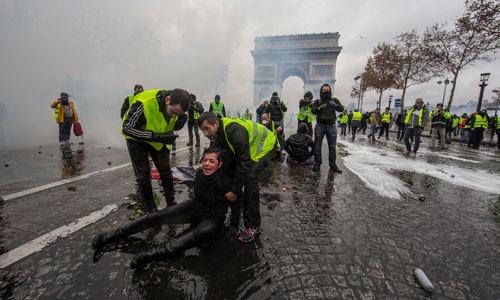 Chính phủ Pháp thừa nhận sai lầm trong xử lý biểu tình 'áo vàng'