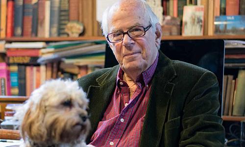 Cựu binh David Mayer, 90 tuổi, gặp rắc rối vì trùng tên với khủng bố IS. Ảnh: Guardian.