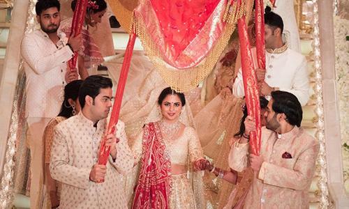 Những đám cưới 100 triệu USD của giới nhà giàu Ấn Độ