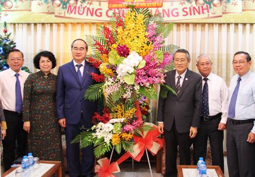 Bí thư Thành ủy TP HCM chúc mừng Giang sinh và Tết Dương lịchTổng Liên hội Hội thánh Tin lành Việt Nam (miền Nam). Ảnh: Trung Sơn
