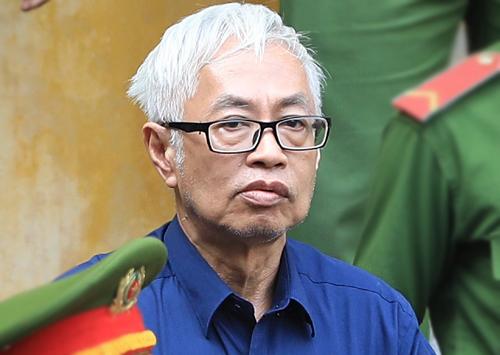 Trần Phương Bình được đưa về trại giam. Ảnh: Thành Nguyễn.