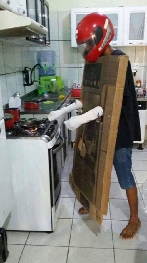Khi đàn ông xông vào bếp chiến.