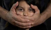 Nghi phạm xâm hại trẻ em được trắng án do công tố viên say xỉn