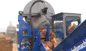 Cỗ máy cưa, xẻ gỗ siêu tốc