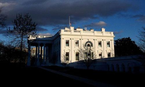 Khung cảnh bên ngoài Nhà Trắng hôm 23/12, sau khi chính phủ Mỹ đóng cửa. Ảnh: Fox17.