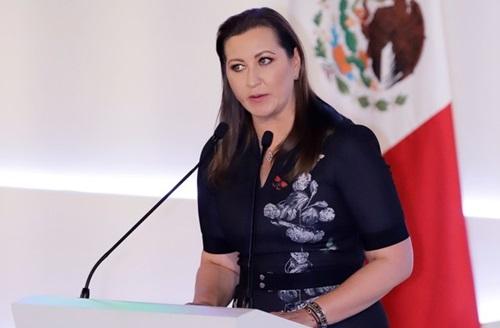 Alonso phát biểu trong lễ tuyên thệ nhậm chức thống đốc bang Puebla hôm 14/12. Ảnh: Reuters.