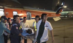 Bệnh viện điều trực thăng ra Trường Sa cấp cứu bệnh nhân