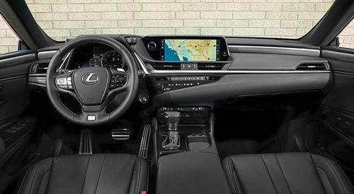 Thiết kế nội thất trên Lexus ES 250 2019.