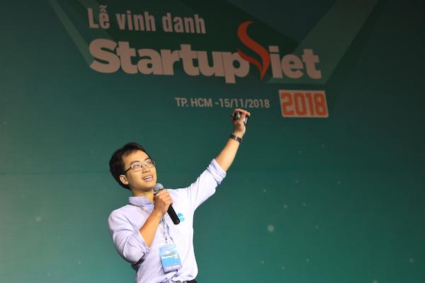 Bùi Hải Nam đại diện Datamart trình bày về mô hình kinh doanh.