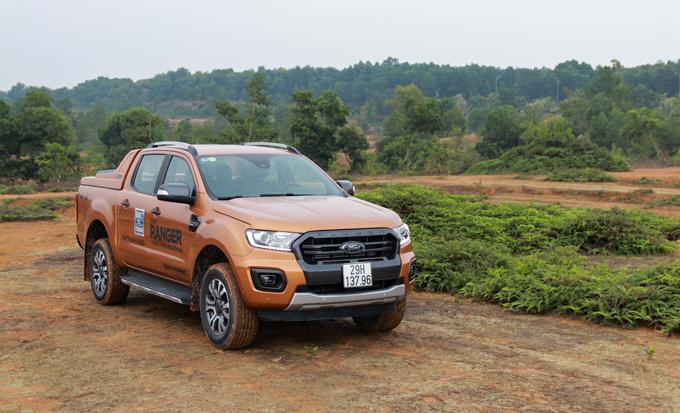 Ford Ranger mới tại Hà Nội.