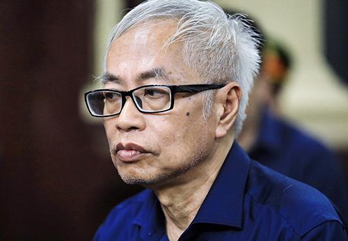 Trần Phương Bình bị xét xử tại giai đoạn một của vụ án. Ảnh: Hữu Khoa.