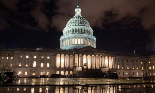 Tòa nhà quốc hội Mỹ sau phiên họp thượng viện. Ảnh: AFP.
