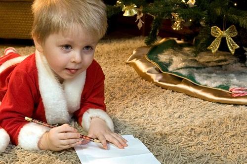 Đêm giao thừa được gọi là Sint Sylvester Vooranvond ở Bỉ, là dịp để trẻ viết thư cho người thân.Ảnh:Management Paradise