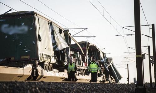 Hiện trường tai nạn tàu. Ảnh: AFP.
