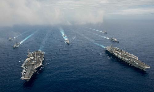 Tàu sân bay USS John C. Stennis (CVN 74) and USS Ronald Reagan (CVN 76)